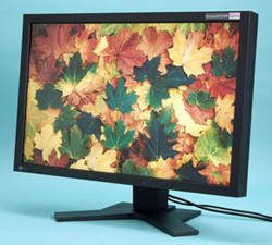 The FlexScan SX2761W achieves a 96% Adobe RGB coverage with a cold-cathode backlight